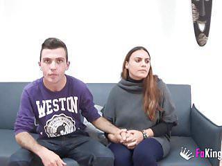 Paar swingerclub junges im Junges Paar